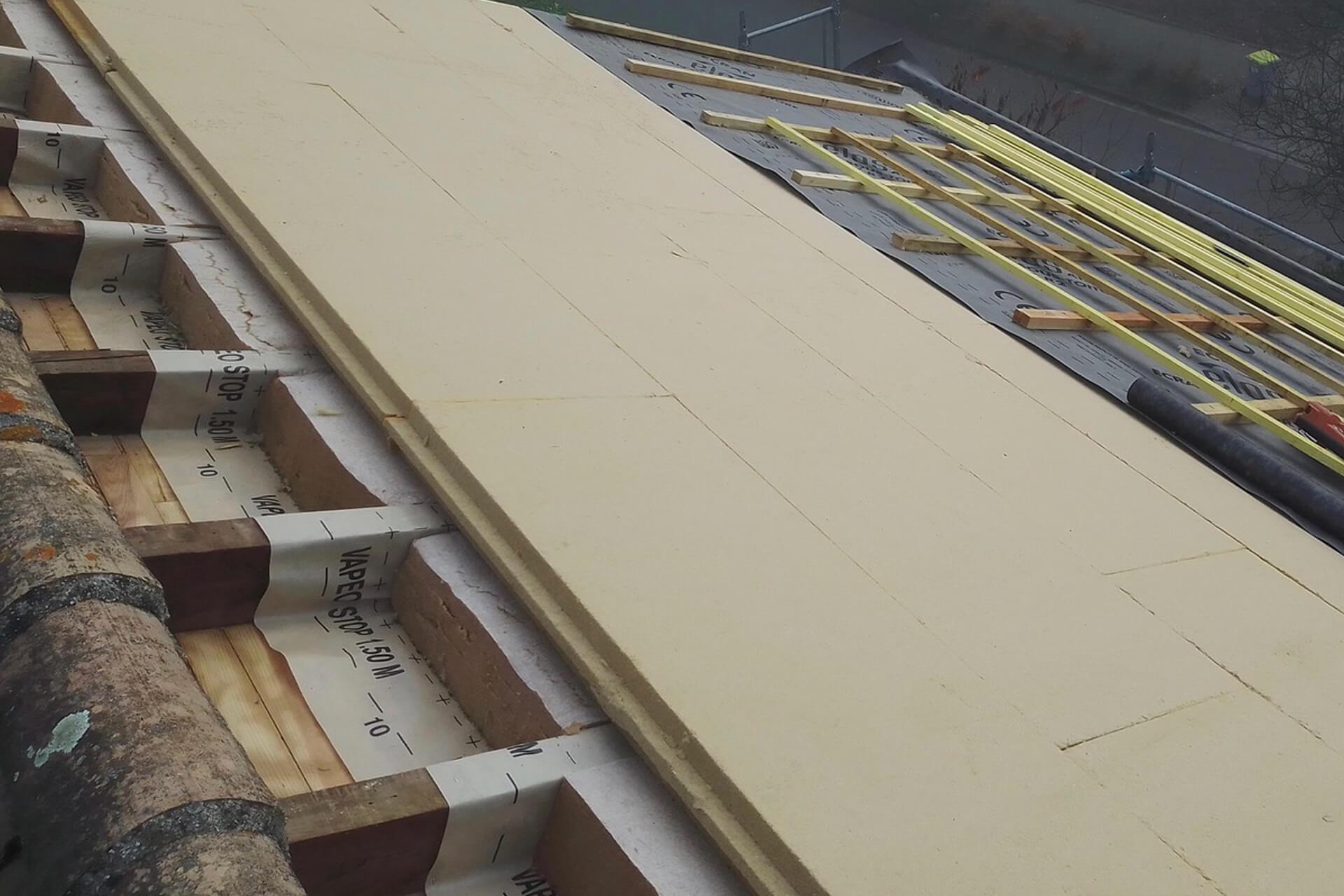 Isolation des toitures par l'extérieur et intérieur